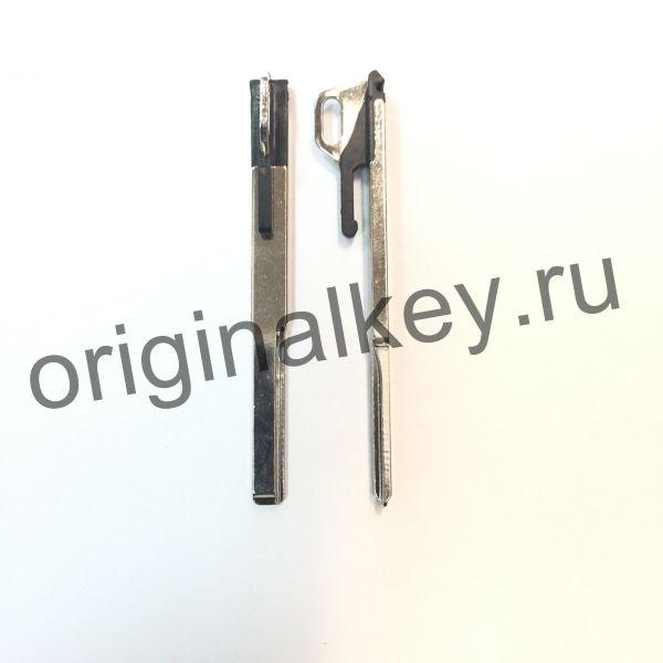 Металлическая вставка для ключа Mercedes. Type 4